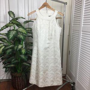 ANN TAYLOR  OFF WHITE GOLD REFLEX SLEEVELESS DRESS